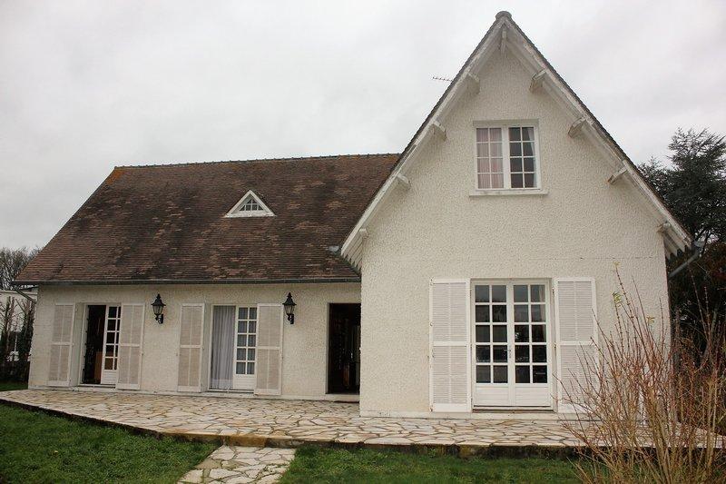 Pavillon traditionnel proche Dreux
