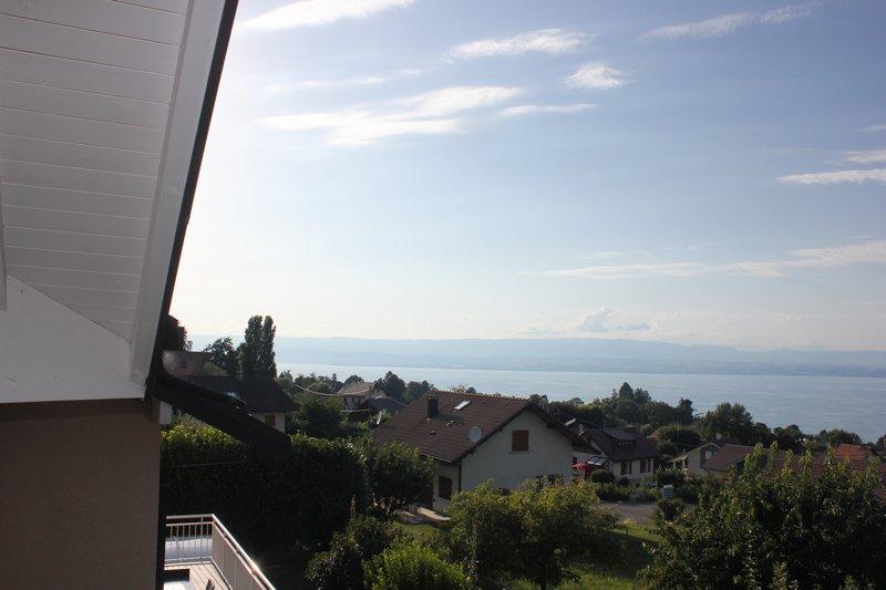 Villa d'architecte piscine chauffée, vue lac panor