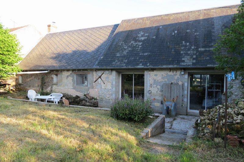Maison de 2 chambres à rénover