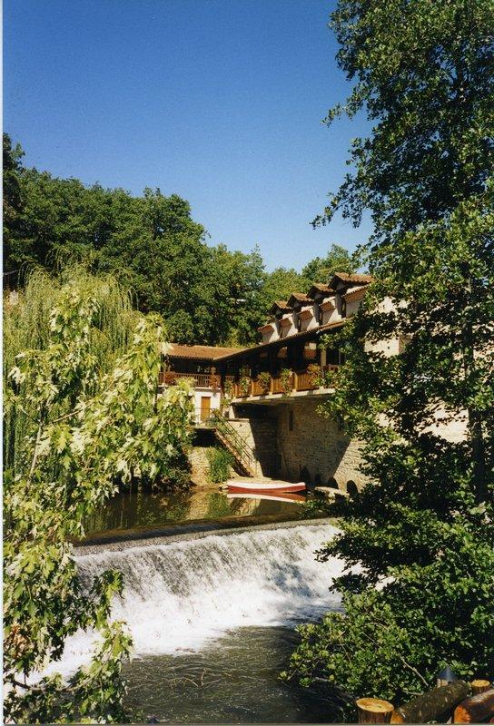 Magnifique Moulin avec Maison Secondaire