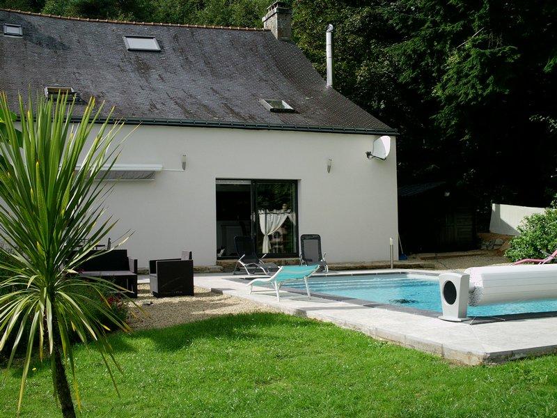 Propriété entièrement rénovée avec piscine