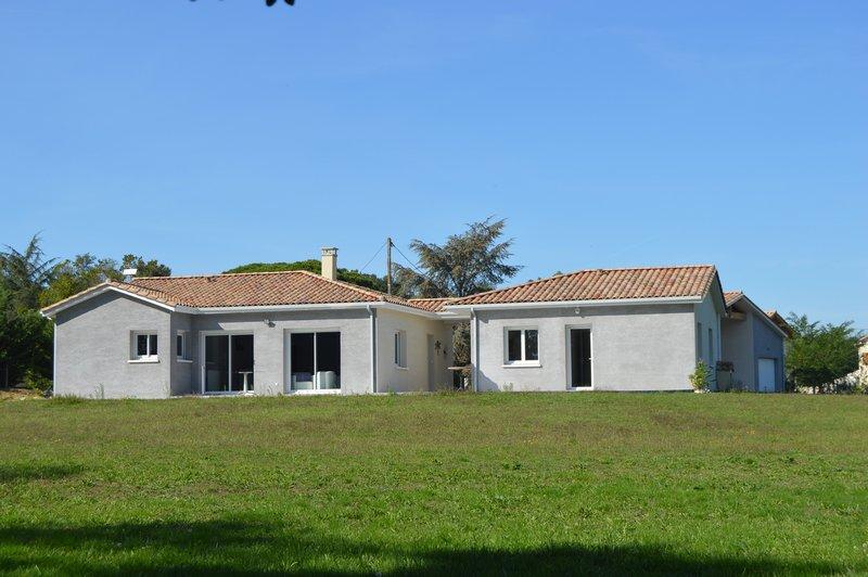 Maison 150m² - plain pied - 3 chambres et 1 bureau