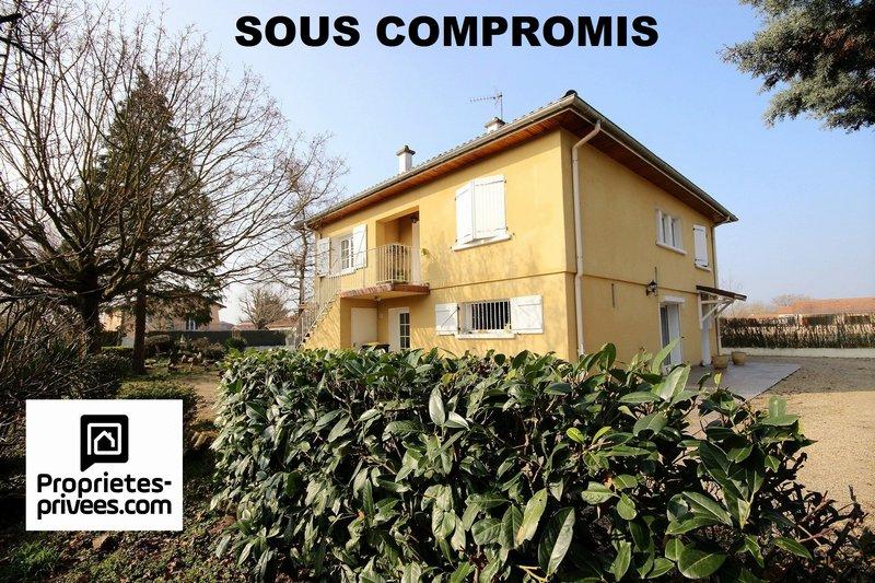 Saint-Laurent la conche entre FEURS et MONTROND