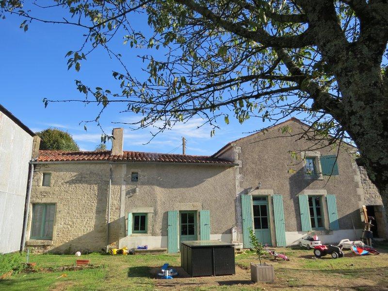 Maison ancienne restaurée 166.384€