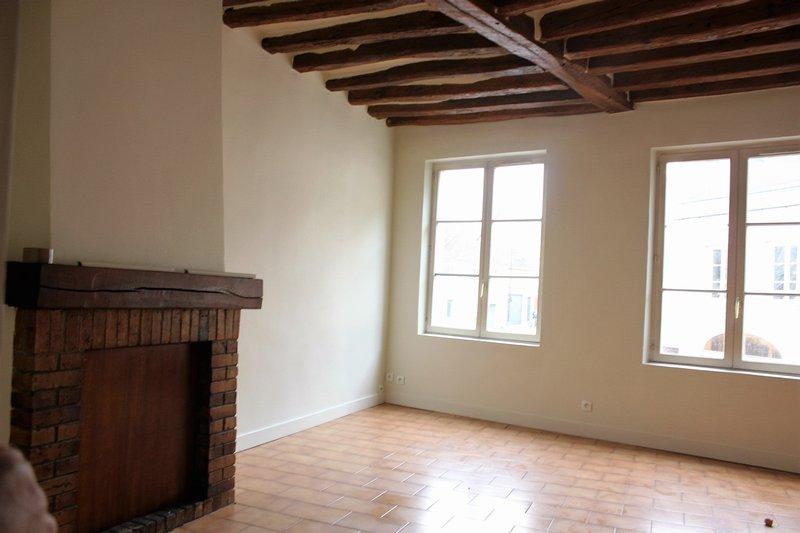 Appartement avec du volume et lumineux