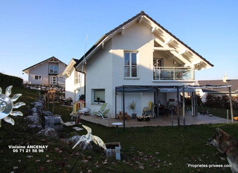 Grande maison  familiale à 10 mn DE CHAMBERY