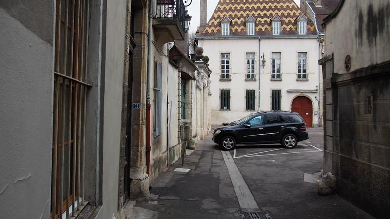 Dijon rue de la prefecture