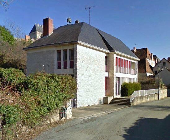 HAUTEFORT (24390)- Maison à rénover