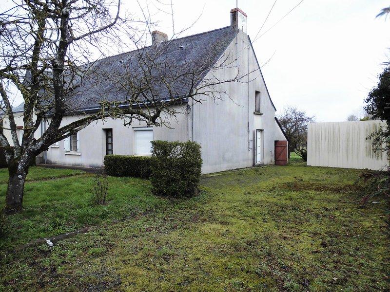 Maison type longère 89m², 2 chamb. Terrain 1999m²