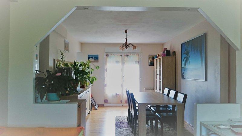 91-Brunoy - Appartement 4 pièces. 58 m²+box+cave