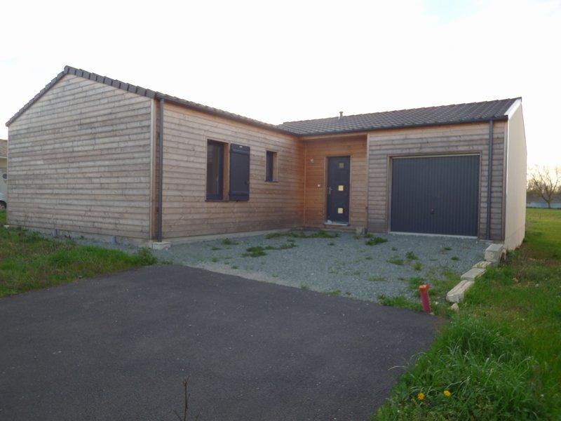 Vente maison neuve 88 m la creche 79260 for Vente maison neuve jacou
