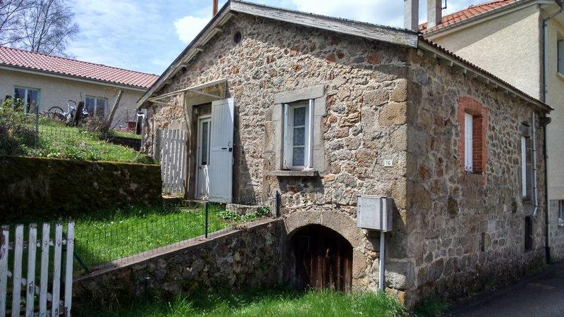 A SAISIR Maison Pierre
