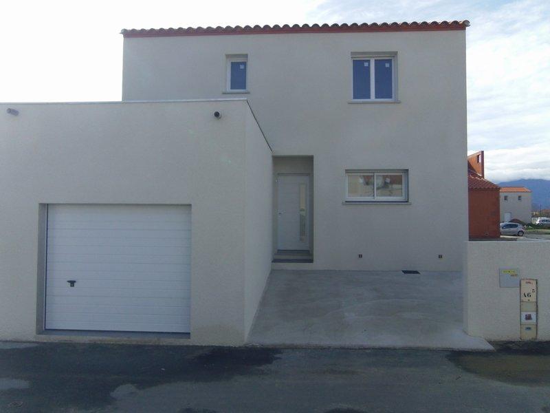 Maison neuve à étrenner,3 chambres, garage