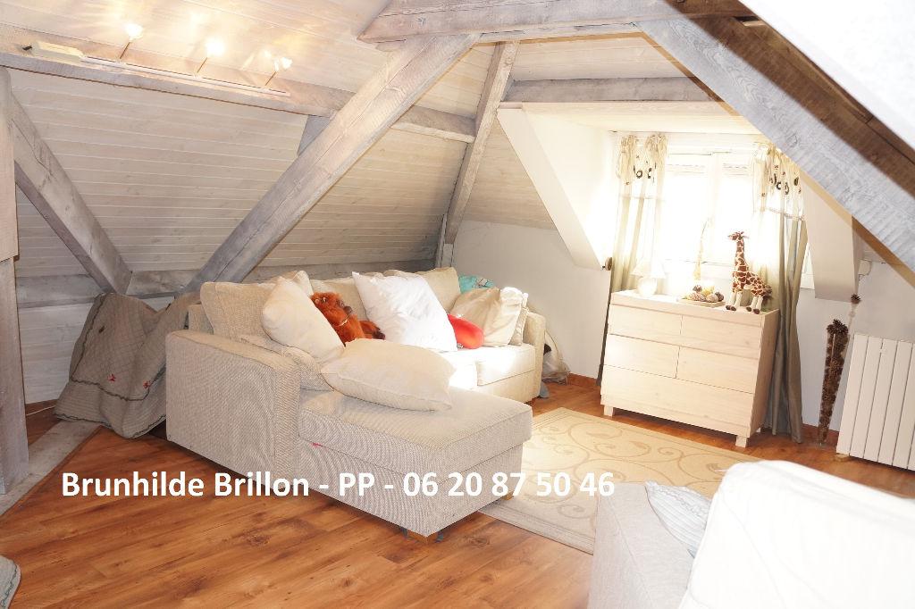 Nouveau prix! Généreuse villa familiale en semi plain-pied 250M² env