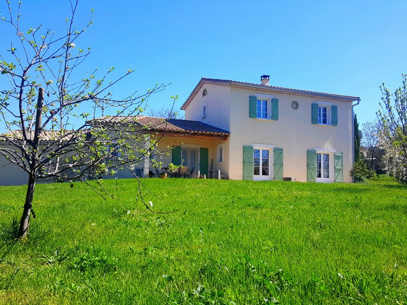 Villa, 163m², 2000m² de terrain