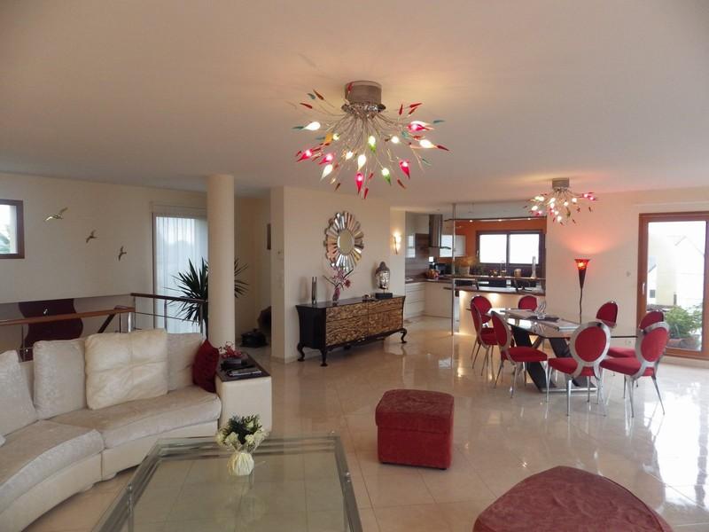 Maison - 8 piece(s) - 192 m2