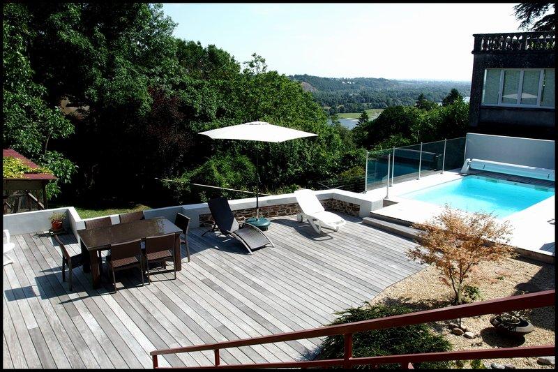 A vendre, Maison - 8 piece(s) - 260m²
