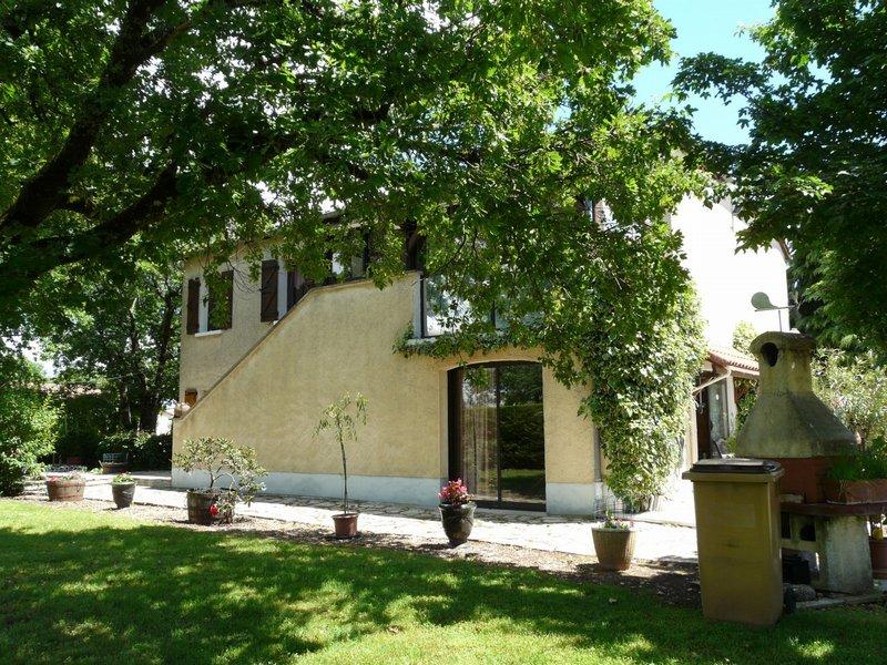 Maison avec piscine à Cahors