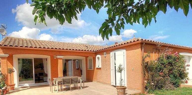 Villa 4  faces récente très proche Carcassonne