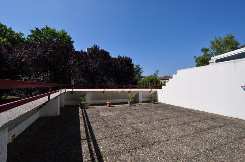 Appartement terrasse T3, 72M2 PAU 146 000€ HAI
