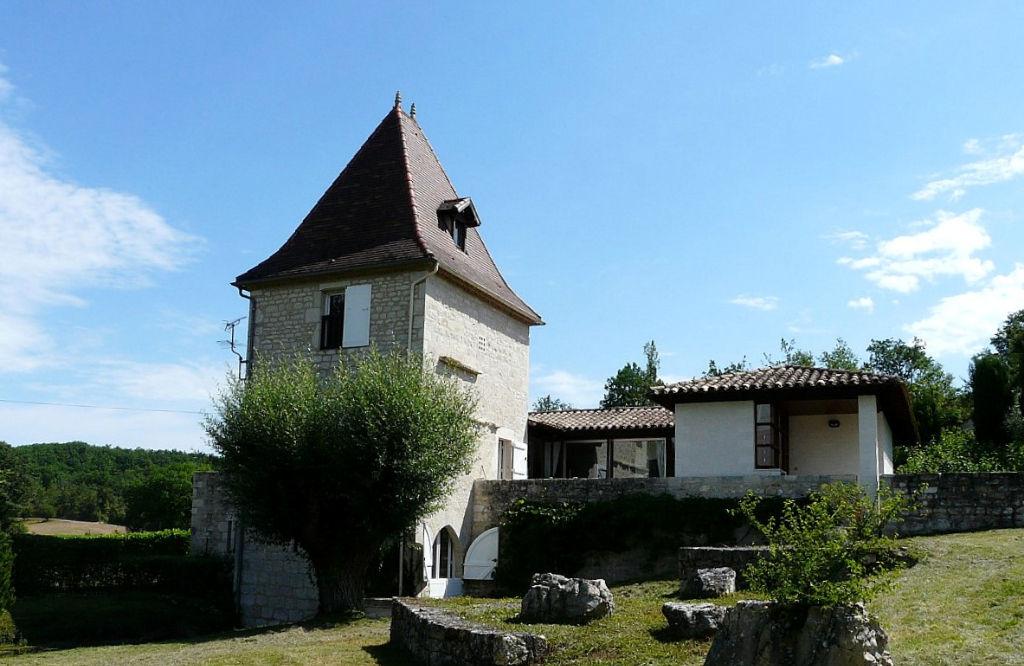 Ancien moulin et extension d architecte