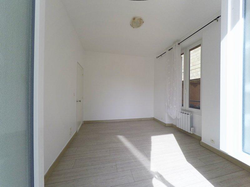Appartement T2 - 49m2 - LA FERTÉ MILLON (02460)