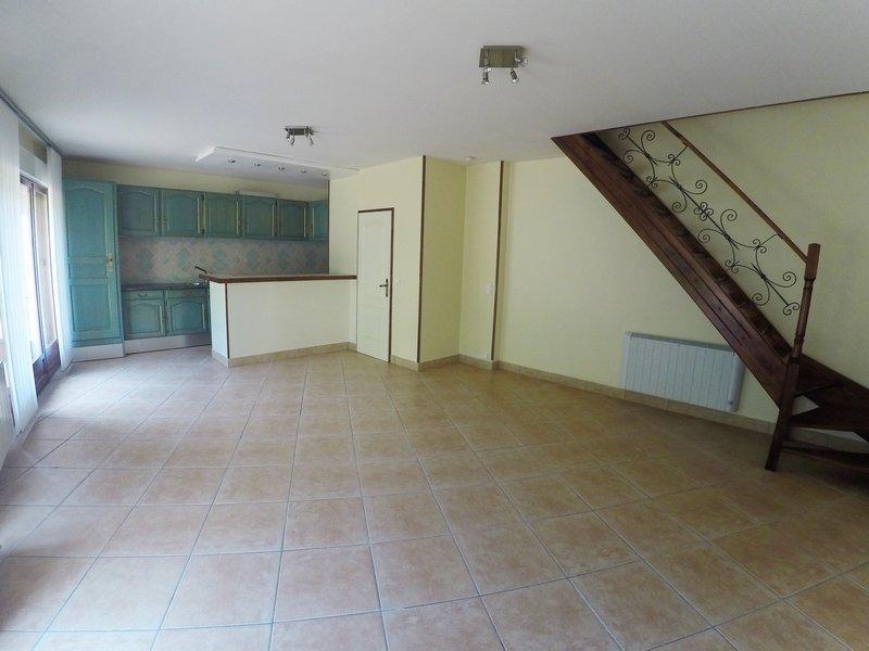 Appartement T3 duplex-75m2-LA FERTÉ MILLON(02460)