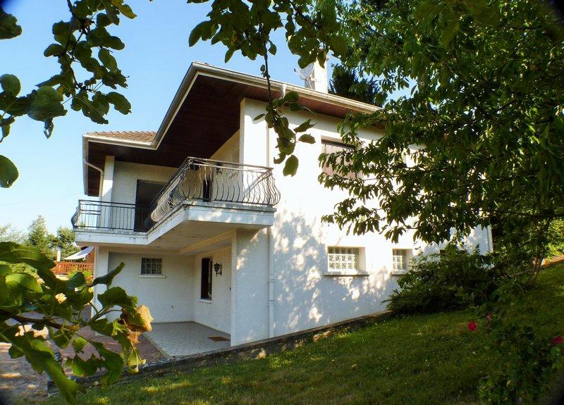 Maison 4 chambres Bourg de Thizy 163 000  HAI