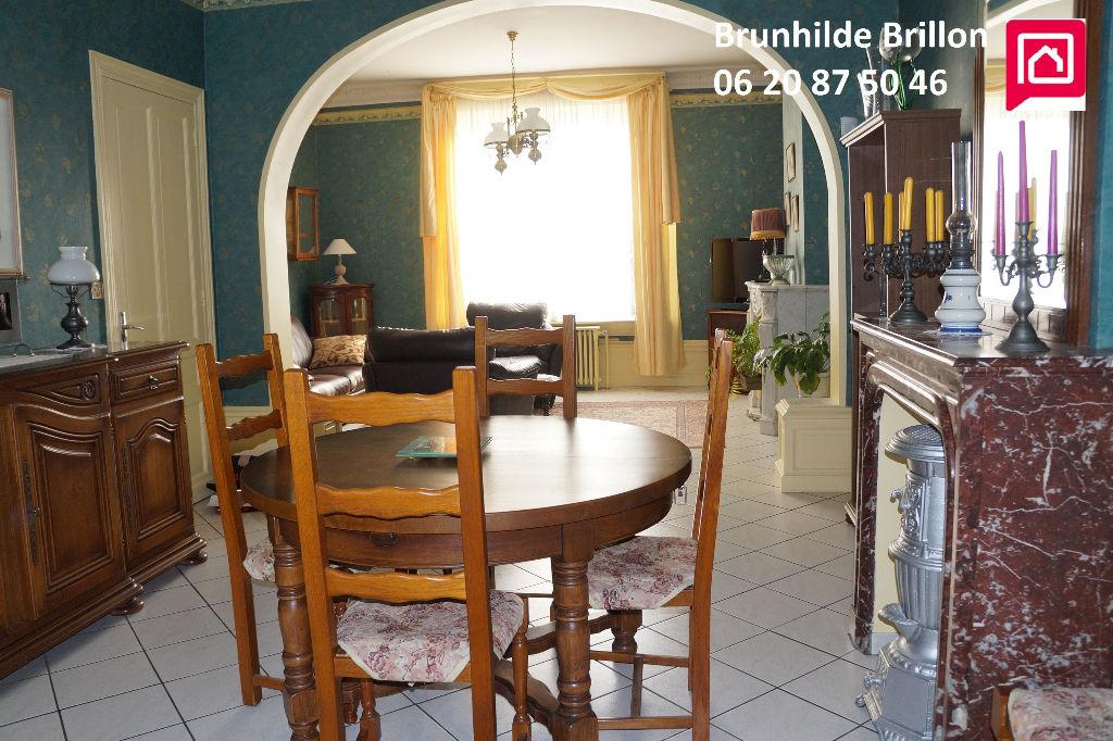 Généreuse maison soignée 160M² env, 7 pièces, 3 chambres