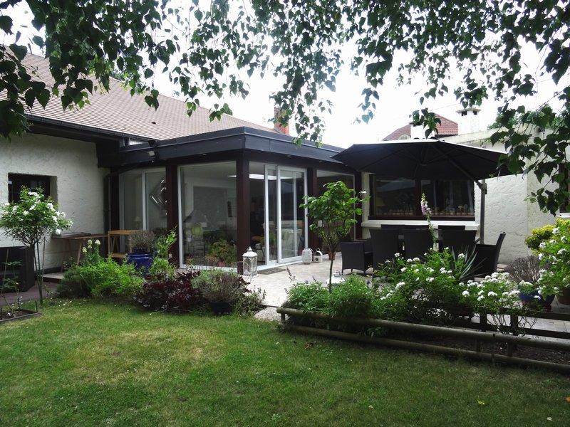 Maison individuelle longère semi plain -pied - 215m2 env-5 chb