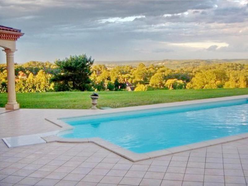 Vue exceptionnelle 5 chambres + studio + piscine