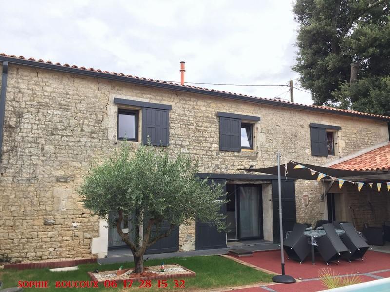 Maison - 4 piece(s) - 133 m2