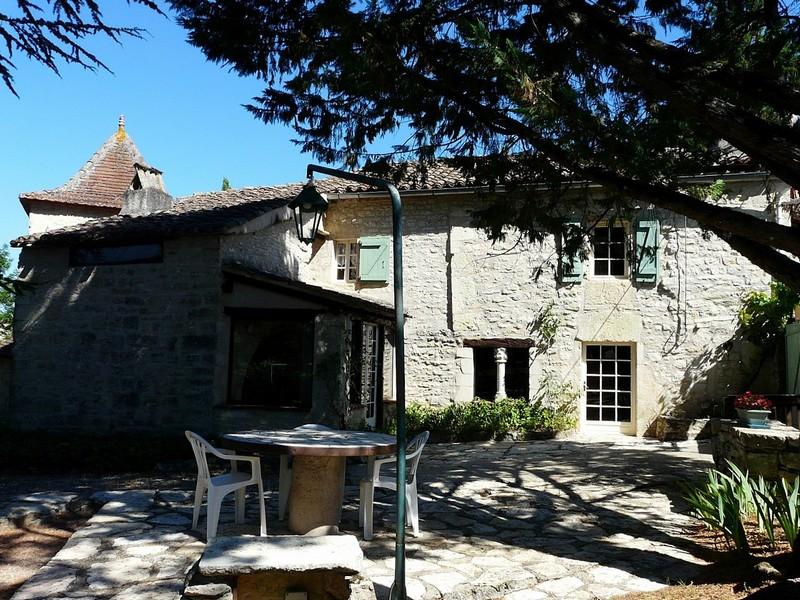 Maison de 1870 avec pigeonnier proche de Cahors