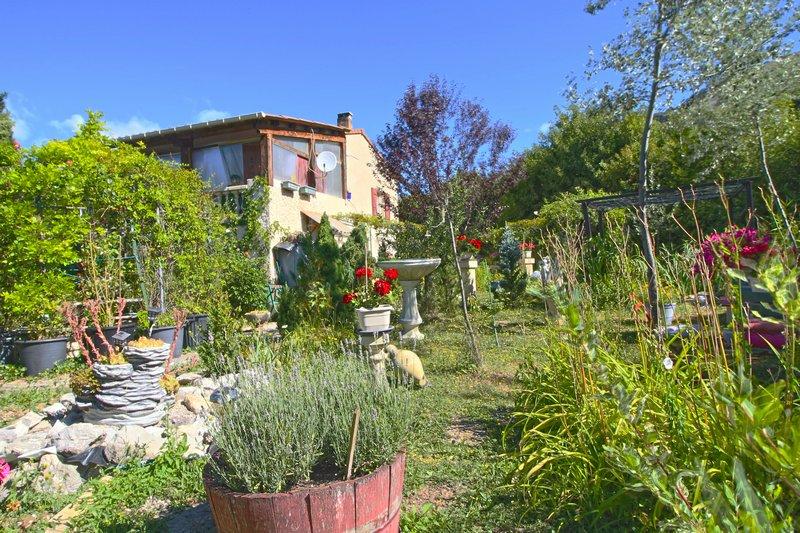 Maison 10 pièces 148m² Tartonne (04330)