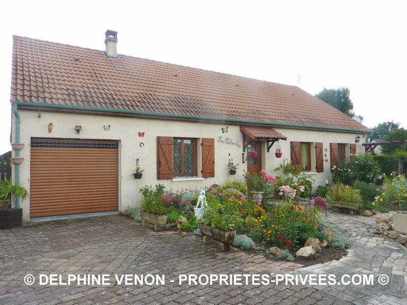 EXCLUSIVITE  - MAISON DE PLAIN PIED SUR 1150 M²