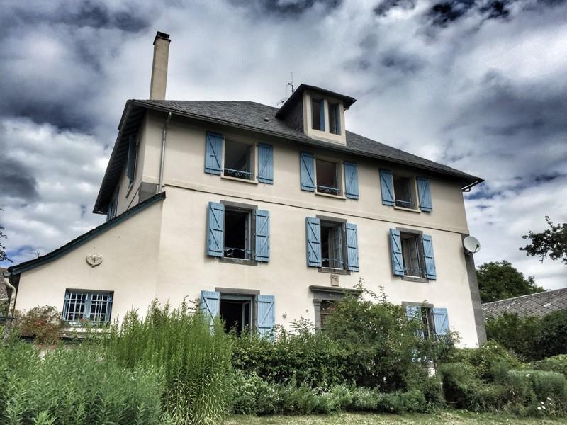 Maison 400 m², AVEZE 63690