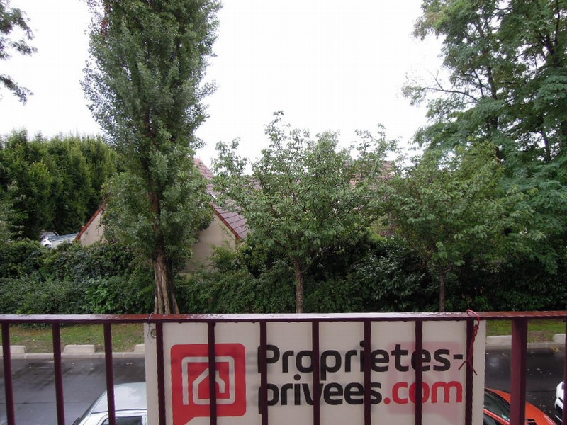 91330-YERRES-T3 - 60 m²-proche gare+Parking+cave