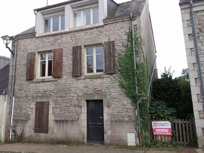 Maison, gros potentiel, 29 kms Lorient