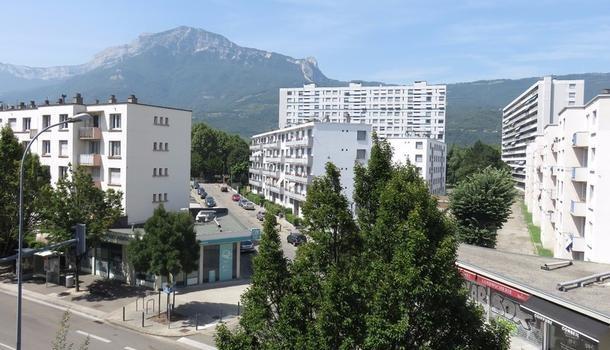 Grenoble  Eaux-Claires 38100 T2, 89 000 €