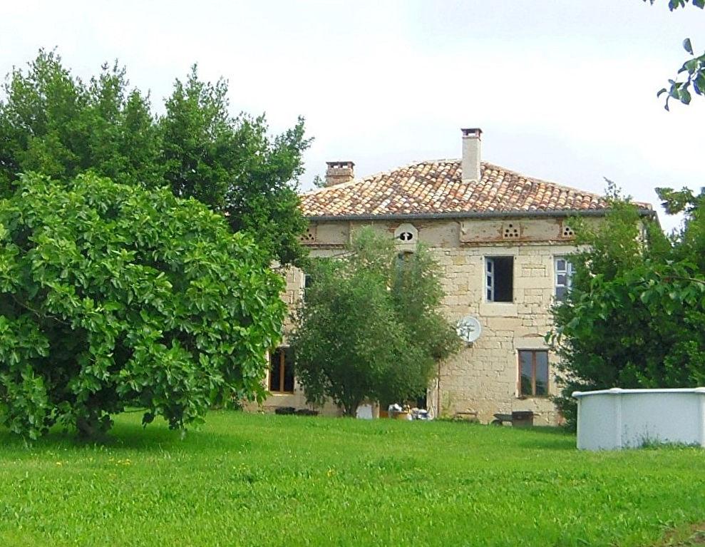 Maison de Maître proche de Montpezat de Quercy