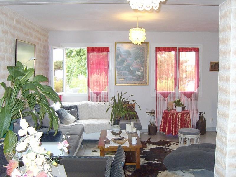vente maison 102 m carcassonne 11000. Black Bedroom Furniture Sets. Home Design Ideas