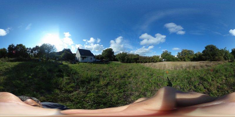 Terrain constructible en hameau bors du golfe