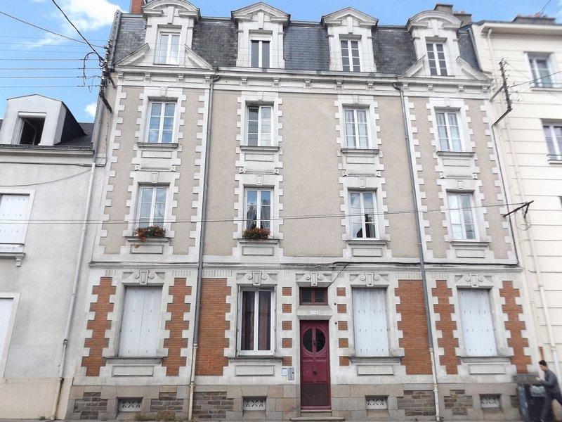 T2 traversant - 48 m² - Saint Donatien