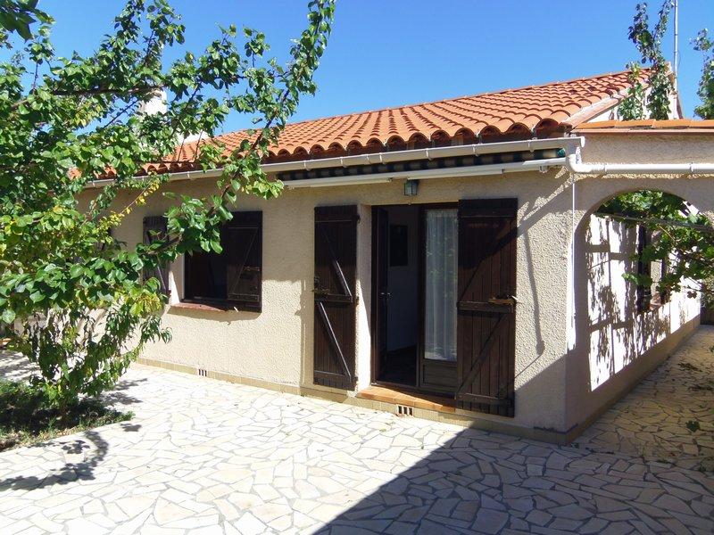 Maison 3 faces, 3 chambres, terrain 250 m²