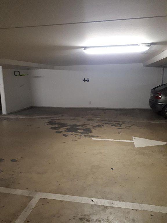 ACHERES ( 78260) - place de parking en sous-sol