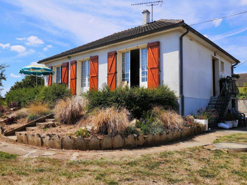 Village proche 5km de Vernouillet 28500 3 chambres