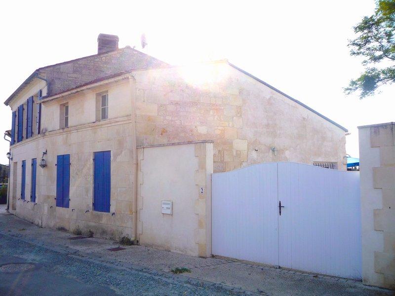 Charentaise 4 chambres spacieuses 186 142,10€ HAI