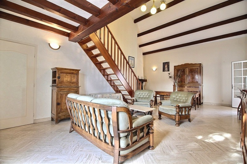 Maison charentaise avec cour 175 000 euros HAI