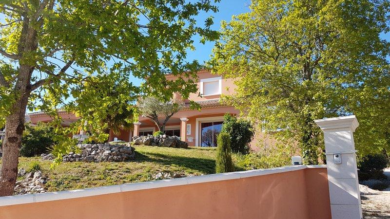 Vente Villa 260m² CUZANCE (46600)