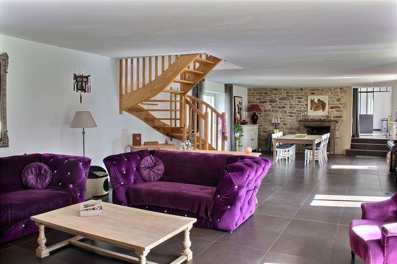 vente propri t 900 m vannes 56000. Black Bedroom Furniture Sets. Home Design Ideas